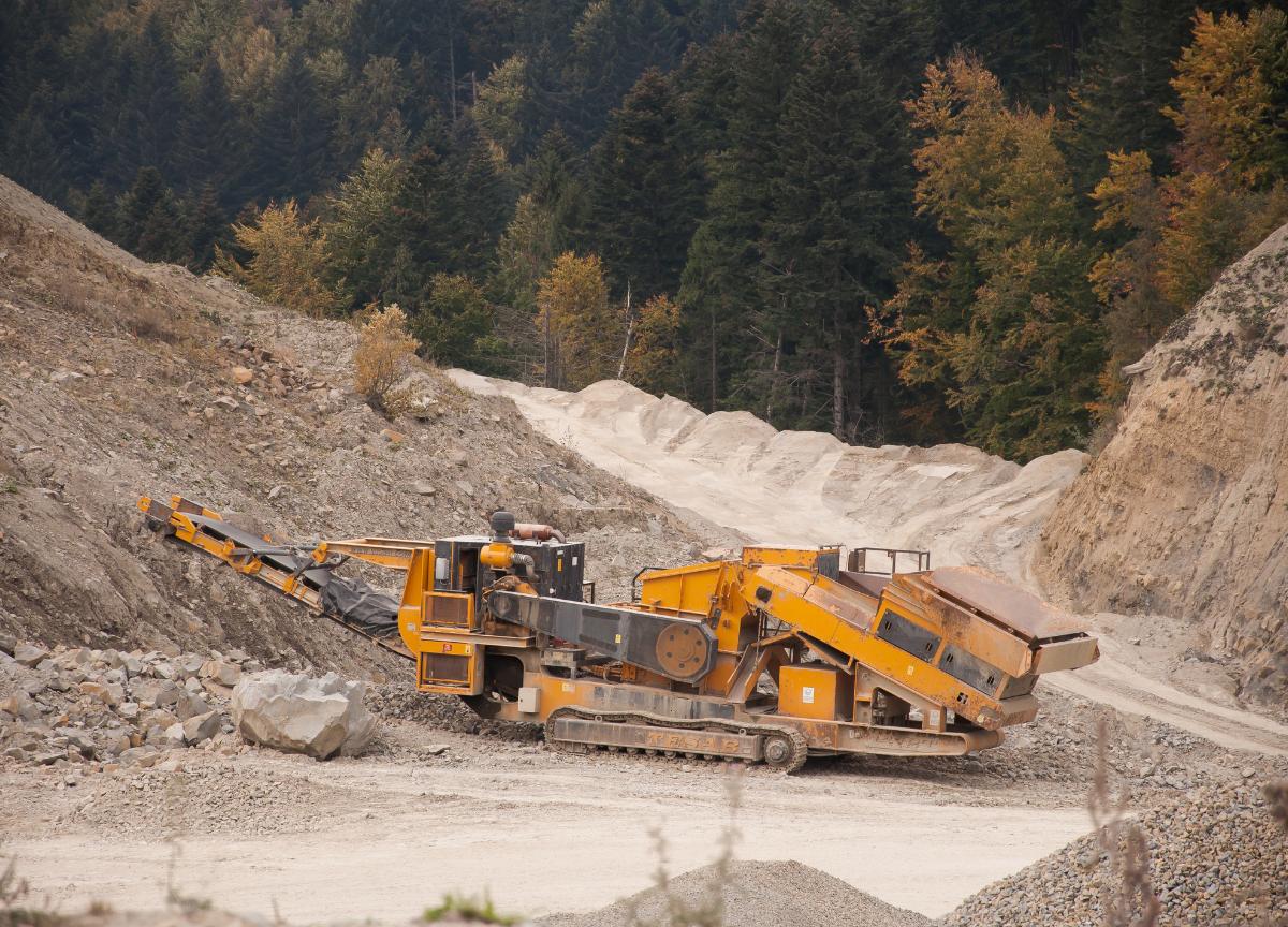 Drastično uvećane kazne za eksploataciju mineralnih sirovina bez odobrenja